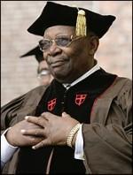 B.B. King receives honorary degree